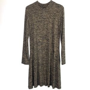 NWT [HERSHE] black and tan knit sweater dress #S10